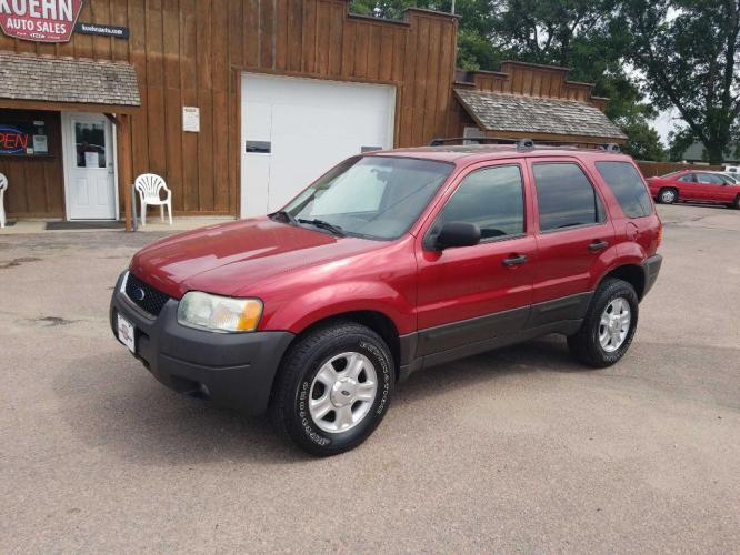 2004 RED FORD ESCAPE XLT (1FMCU93124K) with an 3.0L engine, Automatic transmission, located at 495 Old Highway 20 West, South Sioux City, NE, 68776, (402) 494-2677, 42.458408, -96.443512 - Photo #0