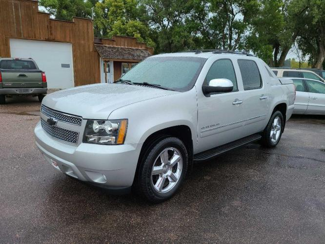 2011 CHEVROLET AVALANCHE 4DR