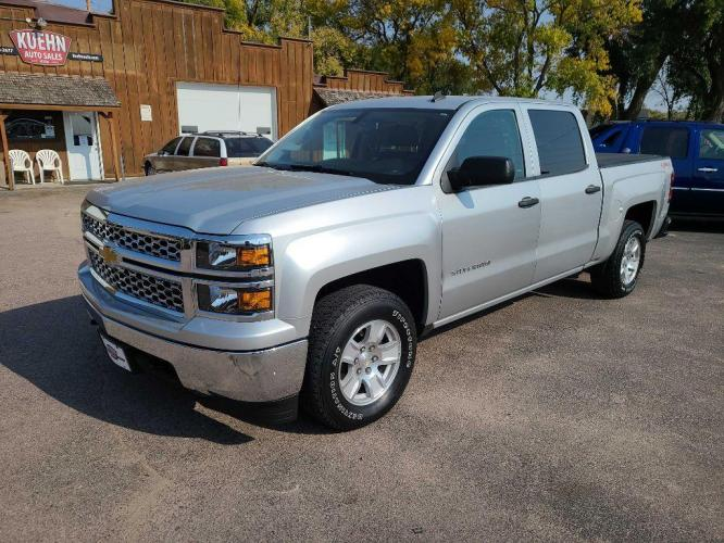 2014 SILVER CHEVROLET SILVERADO 1500 LT (3GCUKREH0EG) with an 4.3L engine, Automatic transmission, located at 495 Old Highway 20 West, South Sioux City, NE, 68776, (402) 494-2677, 42.458408, -96.443512 - Photo #0